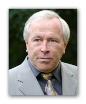 Notar Hans Petry - Hans-Petry1_rahmen
